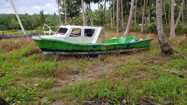 wsm1811_Nias_Boat2